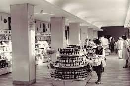 Imagini document. 1989: Ceaușescu vizitează o alimentară muzeu