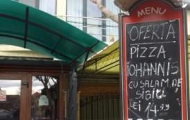 Imaginaţia românilor nu are limite. A apărut pizza Iohannis cu salam de Sibiu