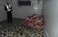 """Peste 300 de kilograme de carne, confiscata din piete si distrusa de inspectorii DSV prin """"ronţaire"""""""