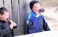 Alarmant! Iasul – orasul din Romania care se confrunta cu cel mai mare numar de copii alcoolici.