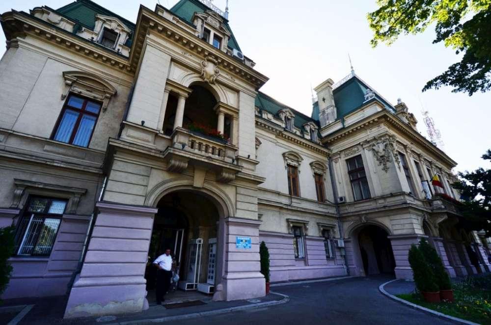 Primaria Iasi reduce cu 50% taxele pentru agentii economici aflati în dificultate