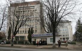 Mega - afacere in incinta Spitalului Parhon. Infractorul de la Biofarm isi deschide cafenea de fite in curtea spitalului din Copou