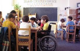 Terapie prin box pentru copii cu handicap de la Centrul Multifunctional Tg. Frumos