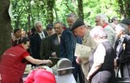 Fuego, tombole, mici, bere şi premii constând în verighete din aur, de Ziua Familiei, in Parcul Expozitiei