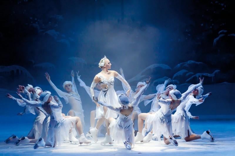 """Baletul Teatrului Rus de Opera si Balet din Kiev aduce """"Lacul Lebedelor"""" la Iasi"""