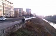 Circulaţia auto blocata pe Splai Bahlui, în zona strazii Prof. D. Mangeron