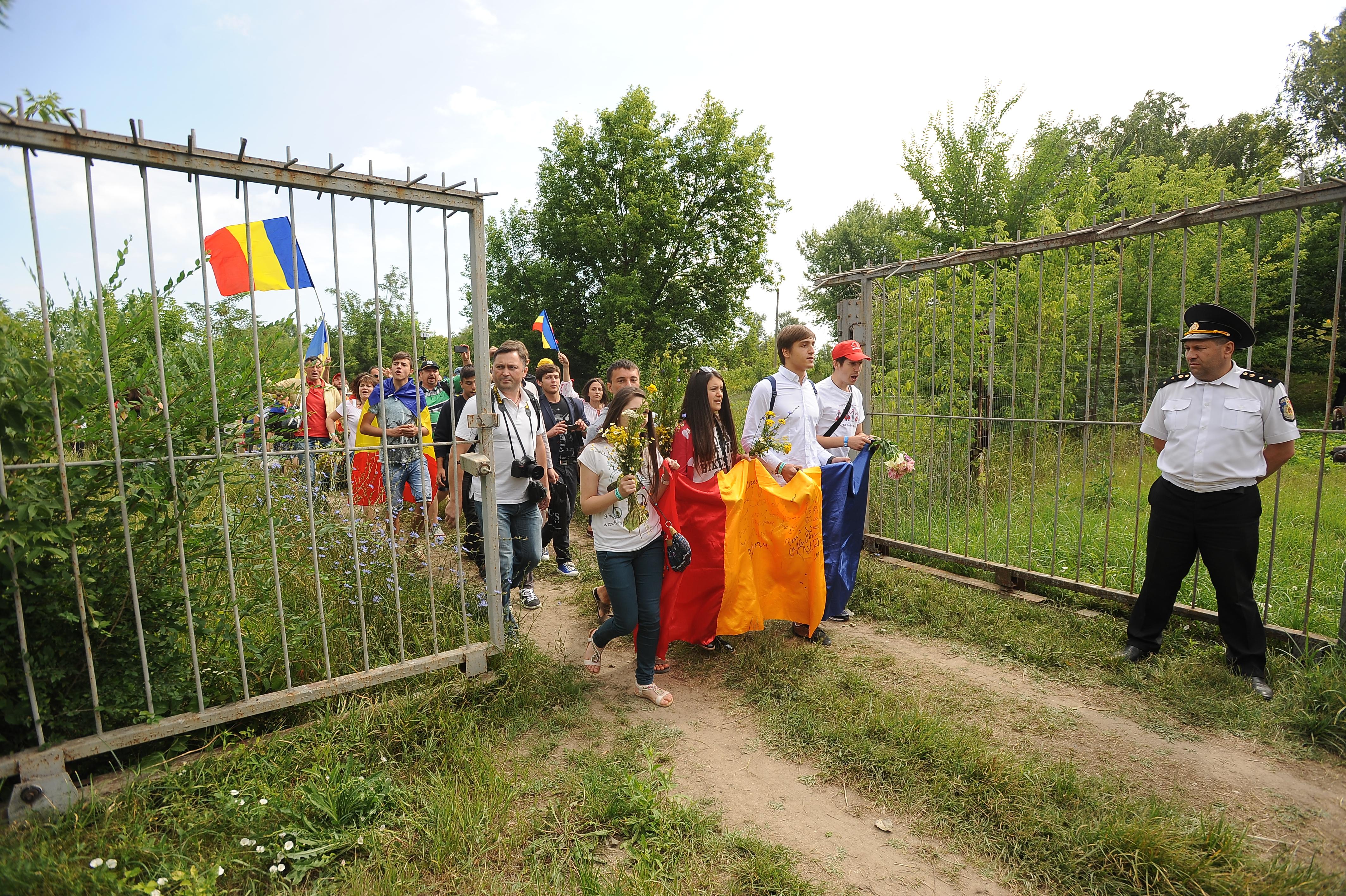 FOTO. Romanii de peste Prut au trecut granita! Trenul Unirii pleaca maine spre Bucuresti din Gara Iasi