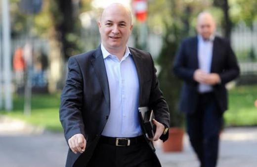 Codrin Ştefănescu vine la Iasi pentru a linisti apele in cele doua tabere din interiorul PSD