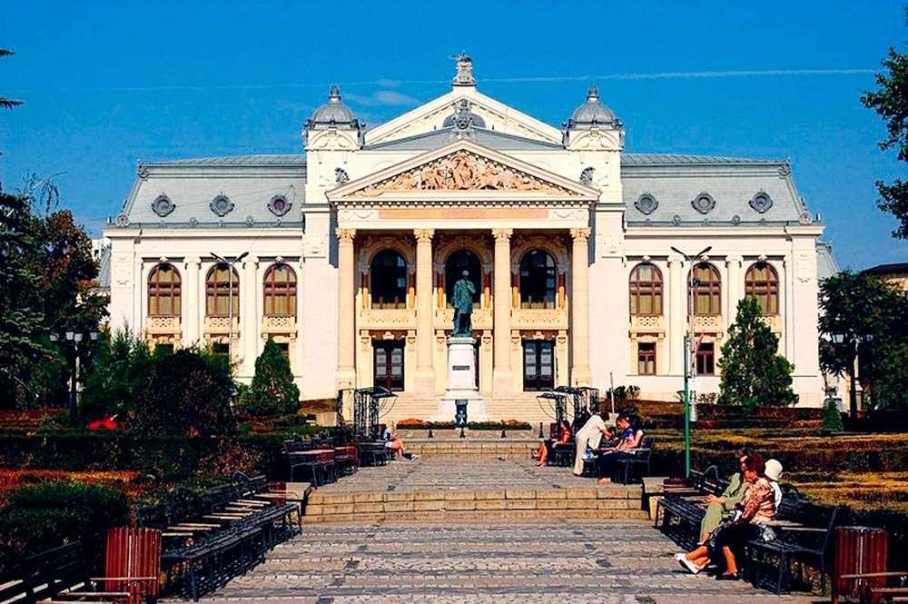 Trei spectacole excepționale ale Naționalului ieșean, semnate de regizorii Radu Afrim, Ovidiu Lazar si Iris Spiridon disponibile online