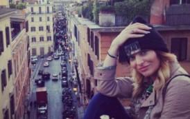 Cât iau vedetele pentru concerte? Cei mai scumpi: Loredana – 15.000 €, Delia – 12.500, Smiley – 12.000!