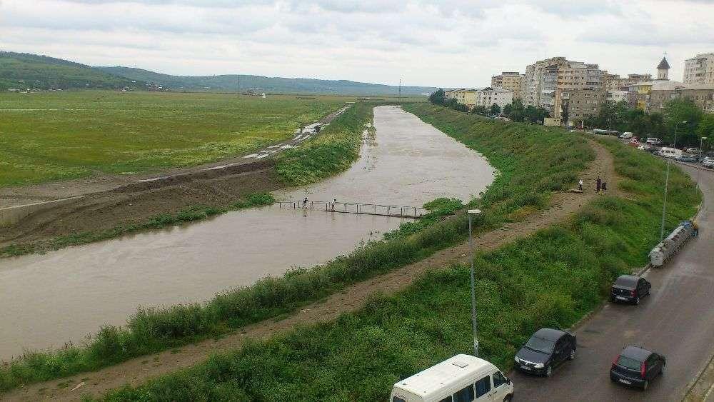 Un pod cu patru benzi carosabile va face legatura intre mahalaua Cicoarei si cartierul Dacia