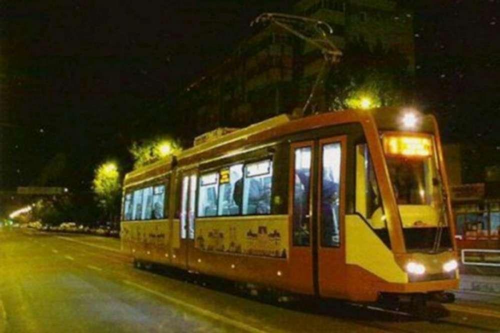 Program prelungit de transport, pana dupa miezul noptii, in acest week-end