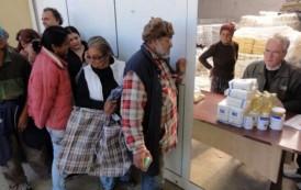 Primăria începe distribuirea pachetelor de igienă acordate de Uniunea Europeană