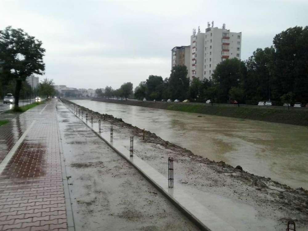 Comisia Teritorială Moldova a evaluat starea de siguranţǎ în exploatare a barajelor de categorie C şi D pentru zona Moldova