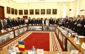 Noul deliberativ al Iasului a depus juramantul. Gabriel Harabagiu si Radu Botez, noii viceprimari ai Iasului.