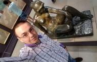 Sezon de selfie la Paris. Consilierul Nedelcu, fara pudibonderii, printre pubisuri in ulei, la Pompidou