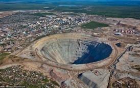 FOTO. In aceasta GAURA, rusii au cea mai mare bogatie din lume. Nimeni nu se poate apropia de ea