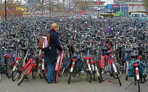 Iasul se umple de biciclete! Statii automate de inchiriere a bicicletelor, in valoare de 4,63 milioane euro, la Iasi