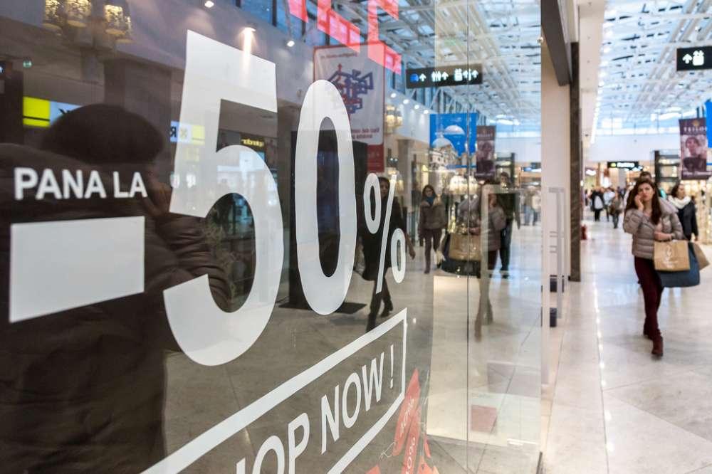 Brandurile din Palas sarbatoresc noul an cu promotii de pana 70%