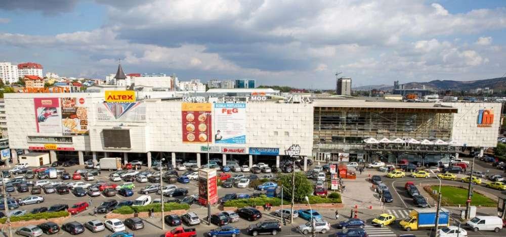 La Iulius Mall incepe distractia pentru studenti: bilete la concertul Gorillaz din Londra si peste 1.000 de alte premii