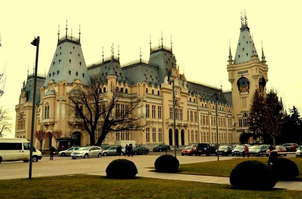 Sedinta de Guvern la Palatul Culturii din Iasi. Lucrarile Parlamentului nu vor mai avea loc la Iasi