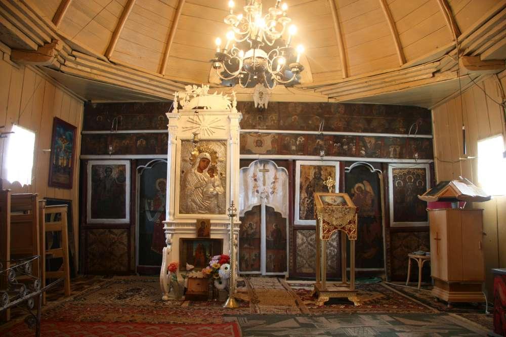 biserica costesti -interior (6)-1000