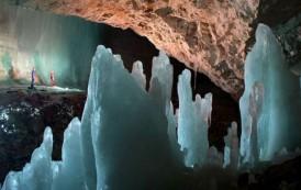 Descoperire de proportii in pestera Scarisoara, unde se afla cel mai mare ghetar subteran din lume