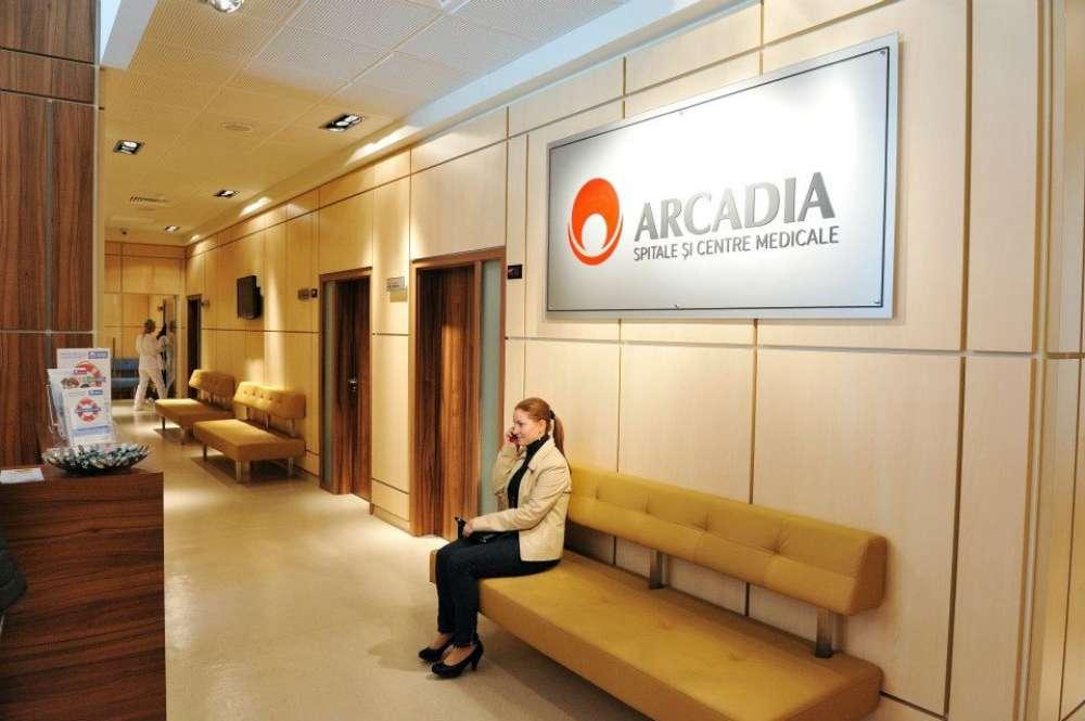 Falsificatori în halate albe. Analize modificate la Arcadia si furt de date la Ambulatoriul Spitalului Sf. Spiridon