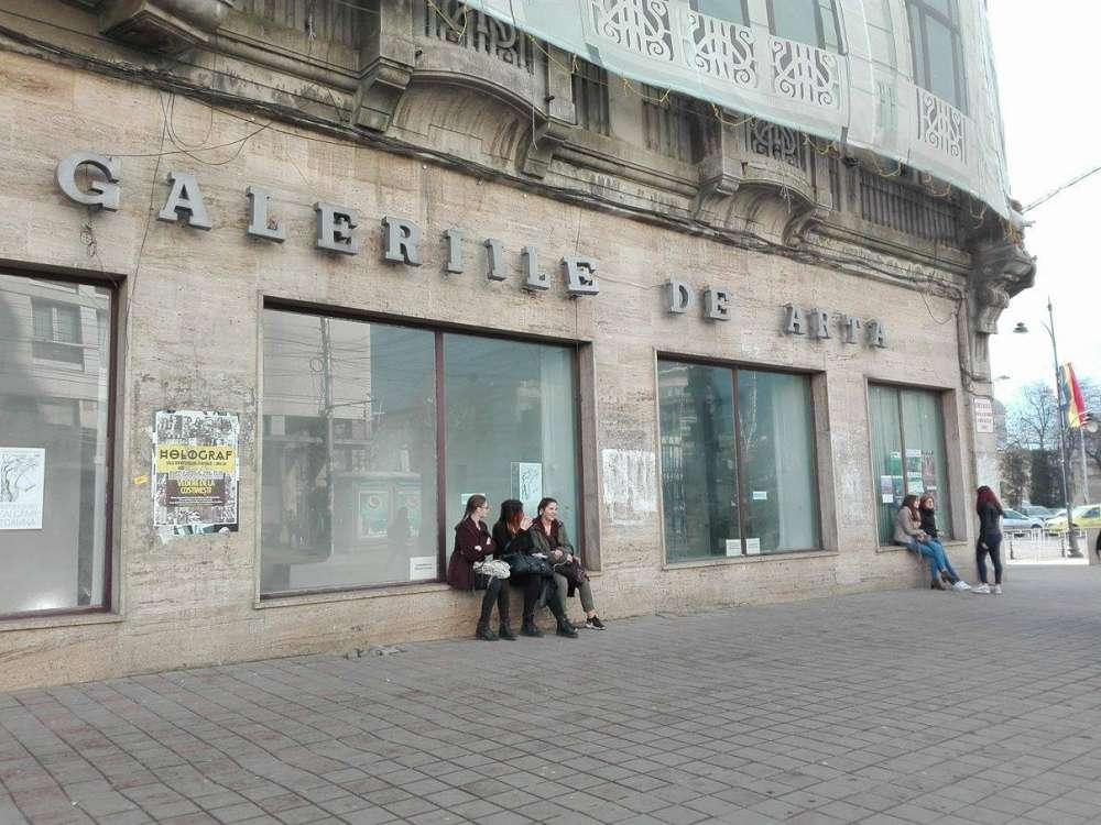 EXCLUSIV. Afacerea UAP. Galerii de arta, spatii comerciale si apartamente, inchiriate de Primarie in centrul Iaşului cu …1 leu/mp