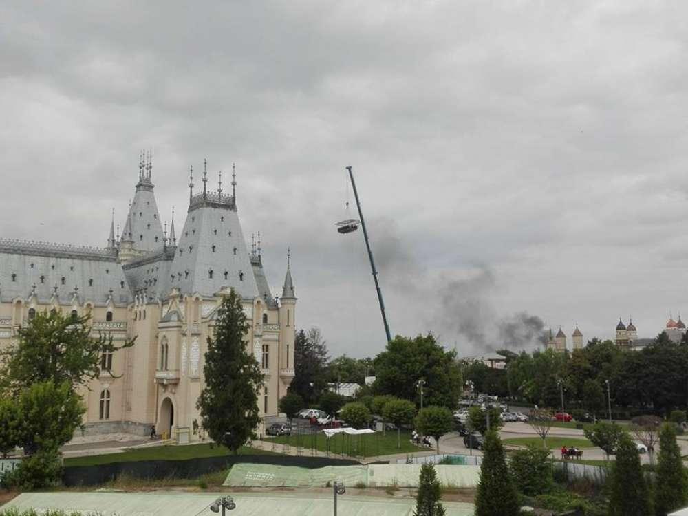 Incendiu de proporţii la fostul Bazar din Iaşi (FOTO ...  |Incendiu Iasi