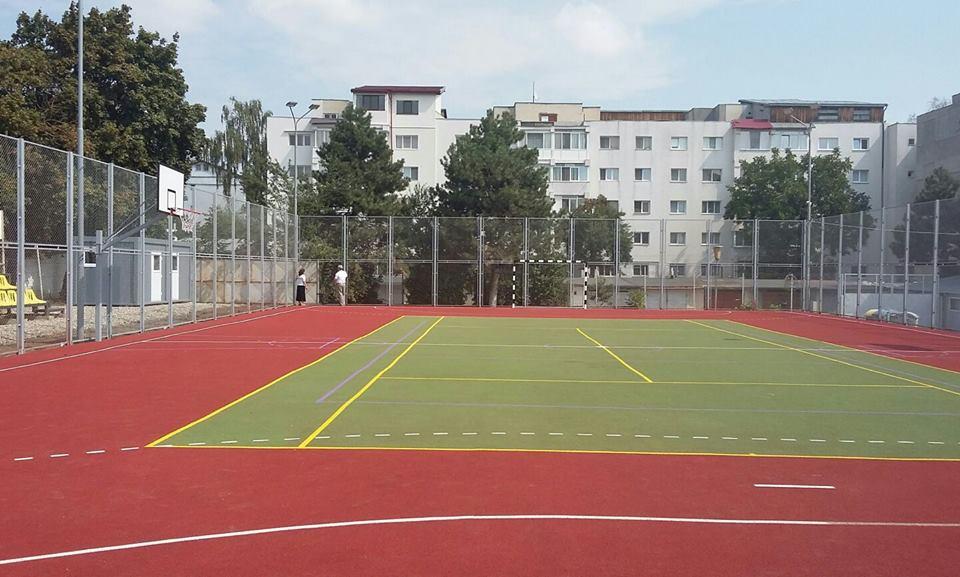 Lista terenurilor de sport din incinta scolilor din Iasi, deschise şi în weekend
