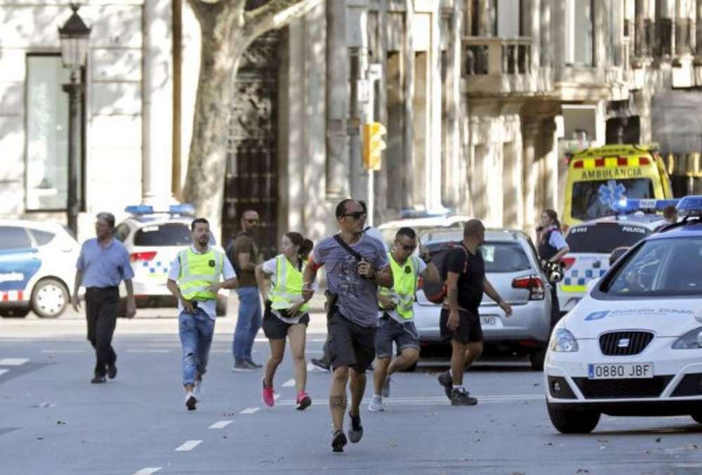 Barcelona însangerata! Bilantul atacului terorist: 13 morti si 100 de răniti. Un al doilea atac a fost împiedicat în orasul Cambrils