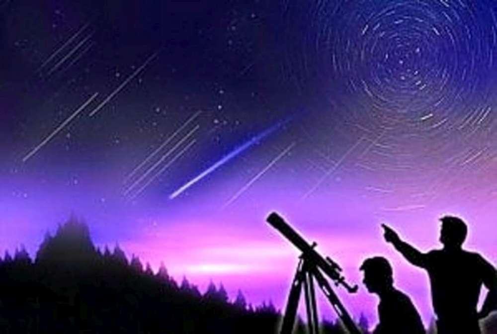 """Perseidele sau """"ploaia de stele cazatoare"""", in noaptea de 12 spre 13 august 2017"""
