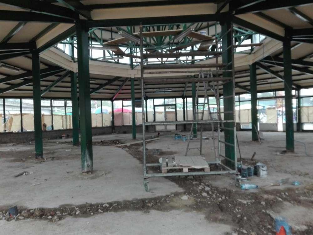 Piața din Podul de Piatră va fi demolată