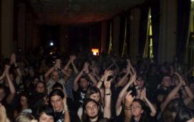 Rock'N'Iasi, un festival cu restrictii ciudate. Perchezitii corporale, fiole la intrare si evacuari dupa concerte