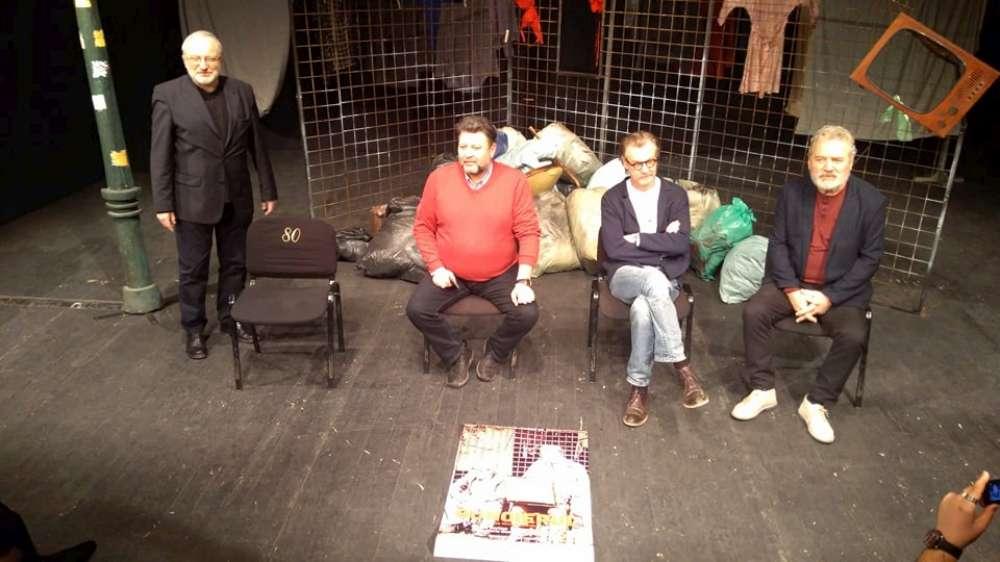 """""""Gunoierul"""", o premiera de exceptie pe scena Nationalului iesean, in prezenta scenaristului Mimi Branescu"""