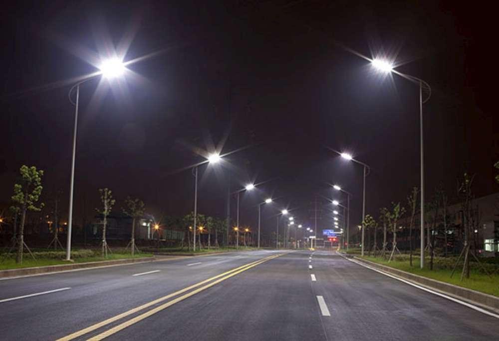 Un nou contract pentru asigurarea serviciilor de întretinere a sistemului de iluminat public din Iasi
