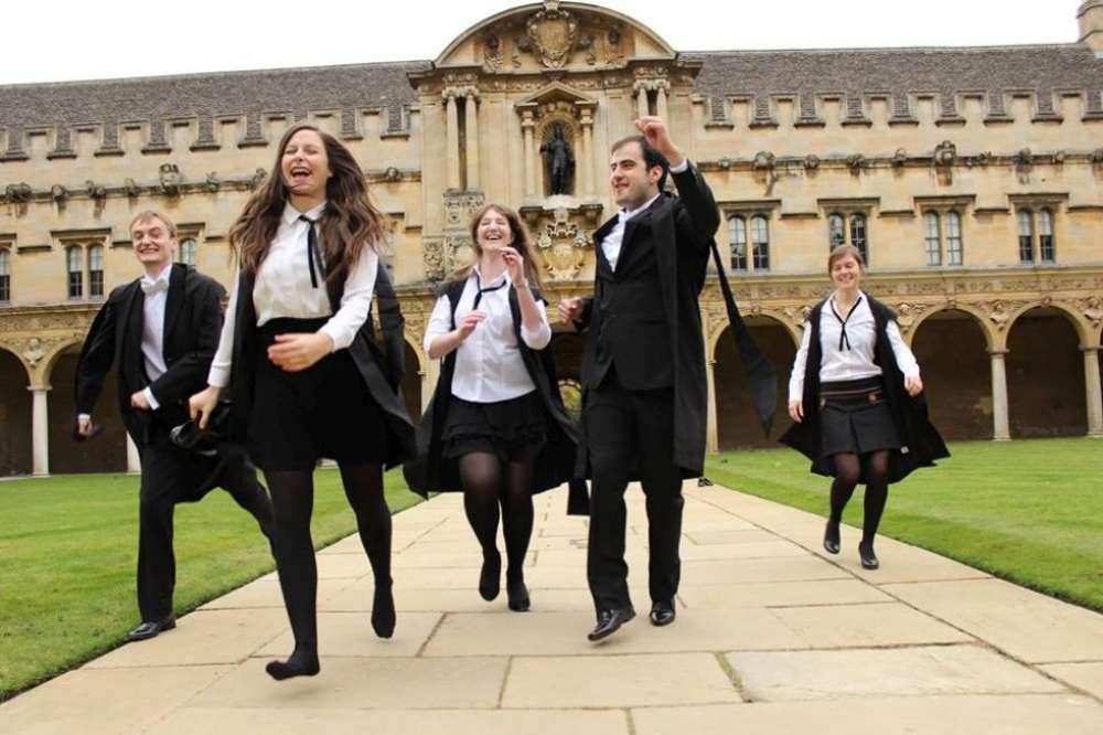Elevii Liceului de Informatica din Iasi, recrutati de Universitatea din Oxford