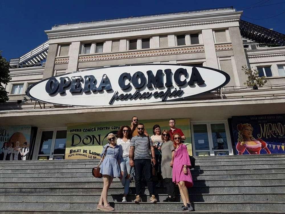 Trupa de actori a Ateneului din Iași va urca pe scena Operei Comice din București