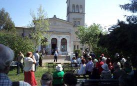 """Sărbătoarea liliacului la Muzeul """"Mihail Sadoveanu"""" din Iasi"""