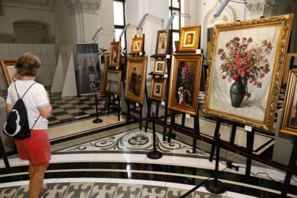 Premieră la Iaşi: licitaţie de artă în sistem duplex cu Bucureştiul