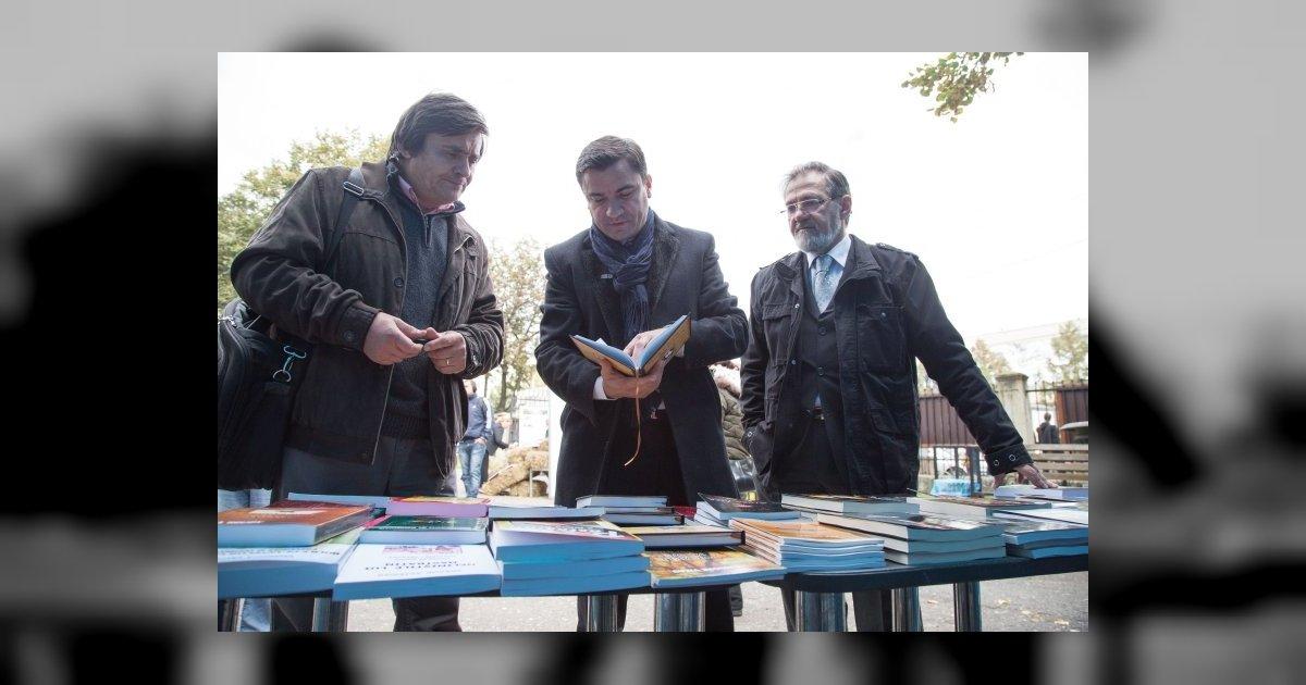 """Pregatiti cantarul, vin zile grele! """"Zilele Recoltei Editoriale"""", dedicate Centenarul Marii Uniri"""