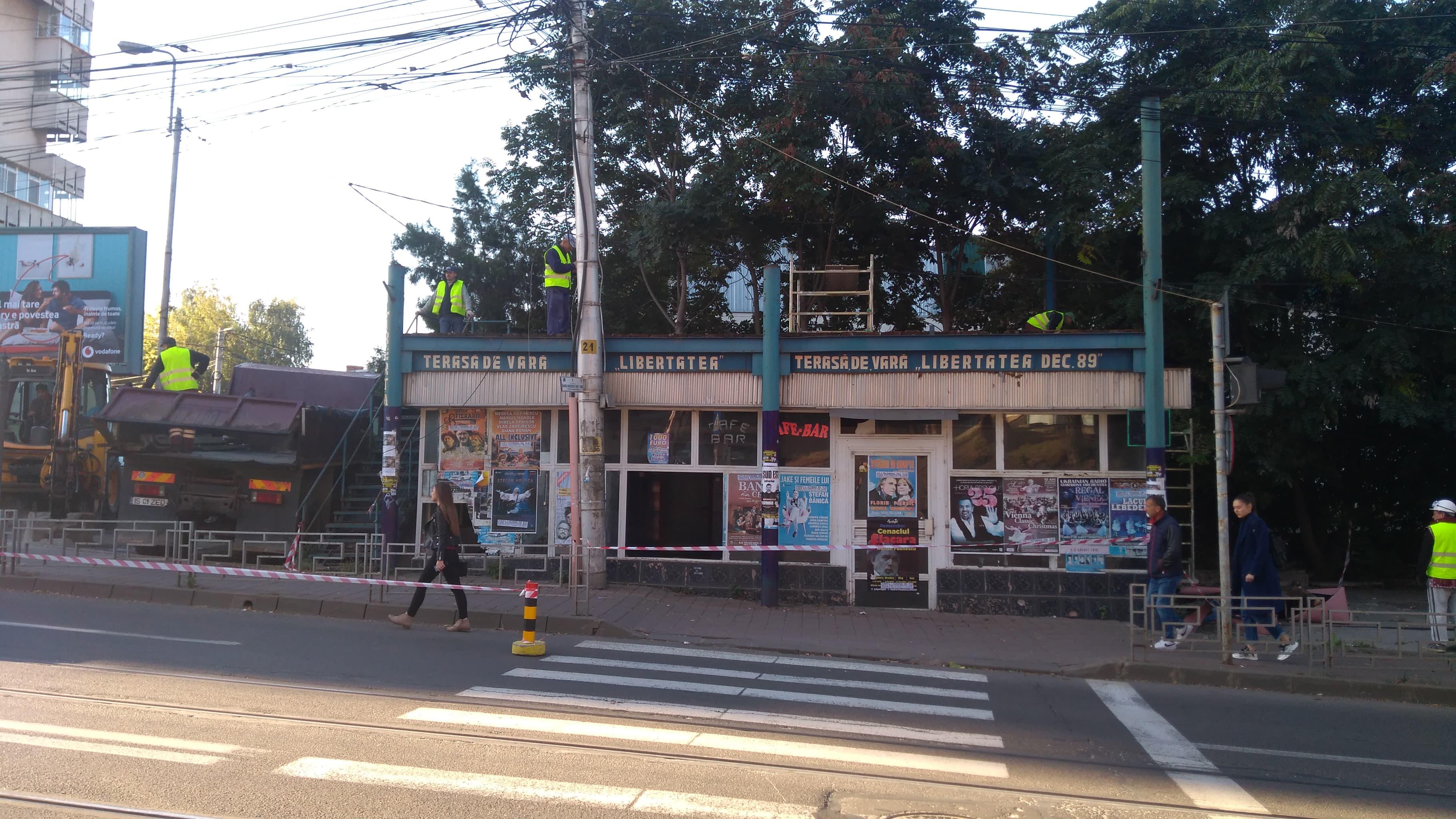 Primaria demoleaza barul Libertatea. Urmeaza sediul Registrului Comertului. In locul lor, Adascalitei ridica un turn cu 10 etaje