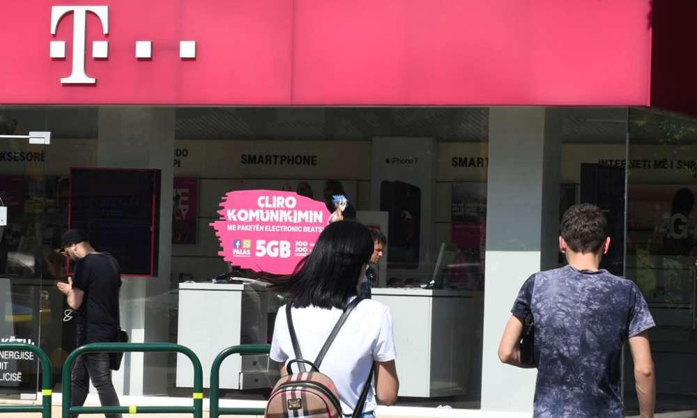 Efectele plecării companiei Telekom din România