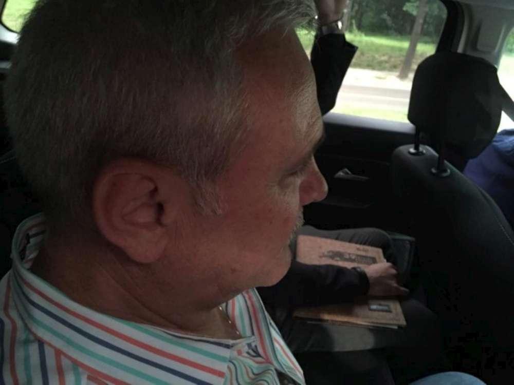 O decizie asteptata de o Romanie – penalul Liviu Dragnea la puscarie! Fostul lider PSD s-a predat la Penitenciarul Rahova