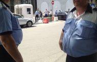 Nicu Alifantis, interzis in  Centrul Vechi de trei pensionari burtosi de la Politia Locala