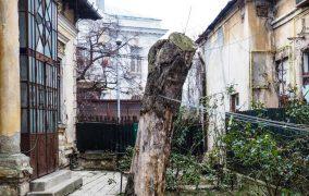 Casa memorială a scriitorilor Victor Eftimiu și Cezar Ivănescu, clasată în regim de urgență