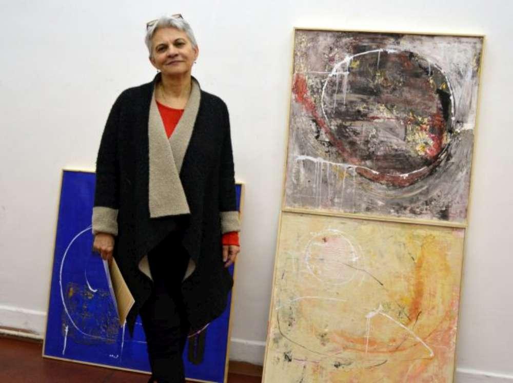 """Expoziție de pictură Doina Mihăilescu, la Muzeul Unirii Iași """"Între ZI și VIS (grădină am vrut să fiu…)"""""""