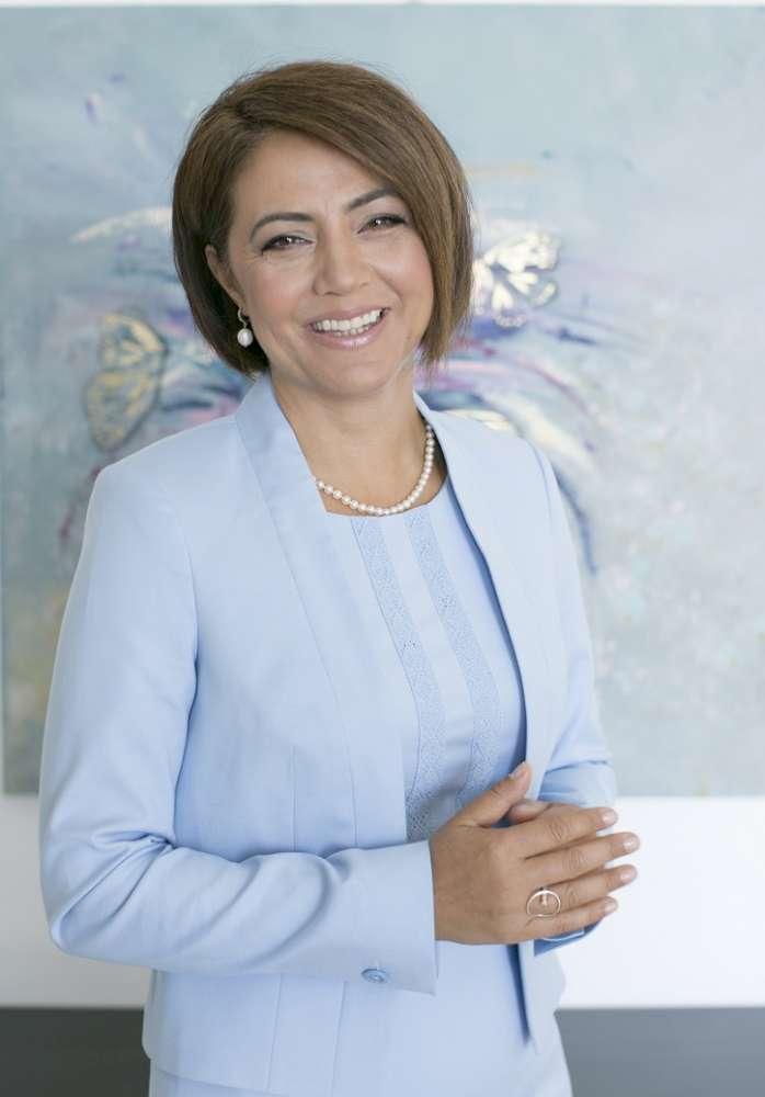 Amalia Sterescu extinde serviciile Public Speaking School si la Iasi