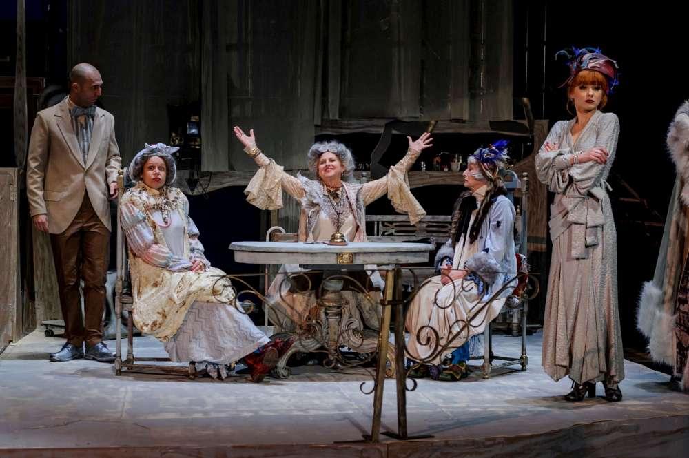 Montare de exceptie! Societari ai Teatrului National din Iasi, intr-una dintre cele mai apreciate piese din dramaturgia romaneasca